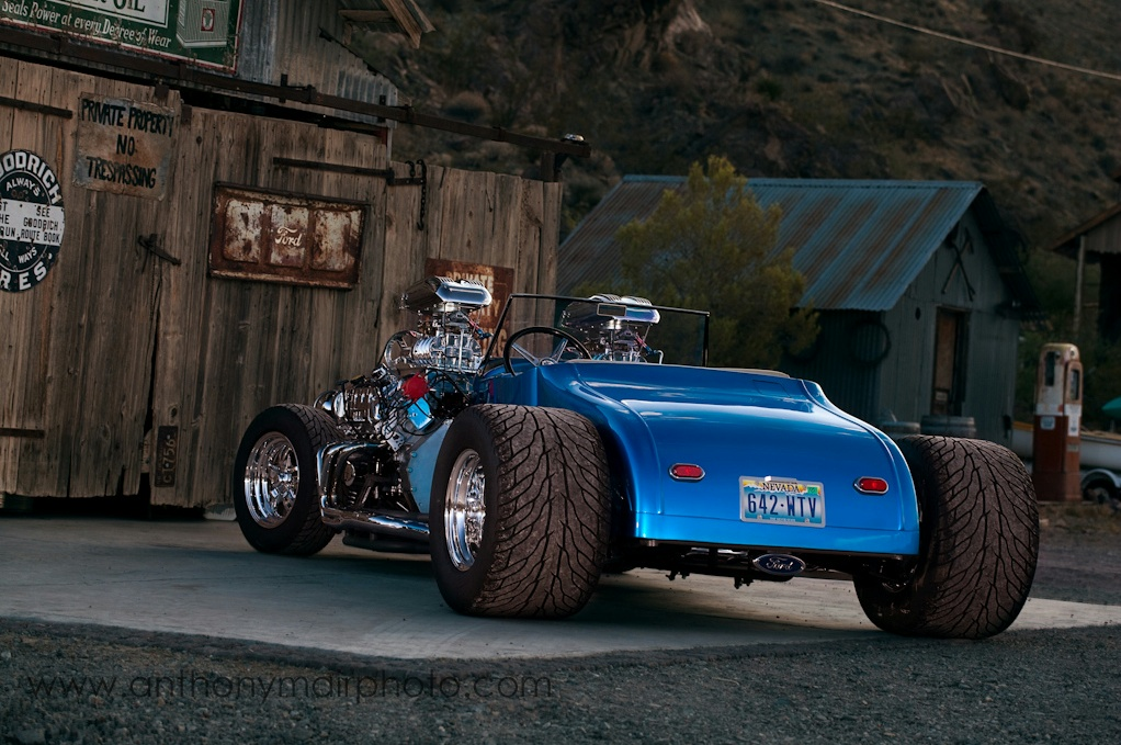 Ford DOUBLE TROUBLE V16 Hot Rod 4 Blowers - 2014 Essen ...  |Double Trouble Hot Rod